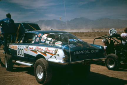 Here's an early Barracuda at the 1971 Mint 400. Something tells me this 'cuda won't end up at a burger joint cruise night anytime soon, or ever, and that's ok.